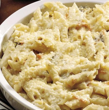 Pasta ai quattro formaggi, golosa e super veloce!
