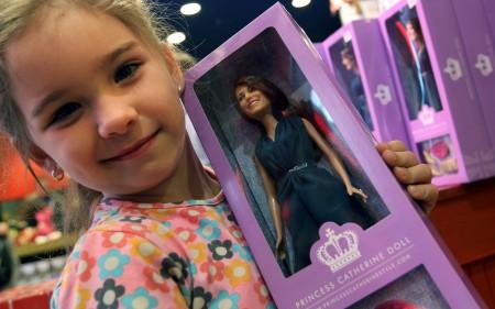 In arrivo la Barbie di Kate Middleton incinta, ma della gravidanza non c'è conferma…