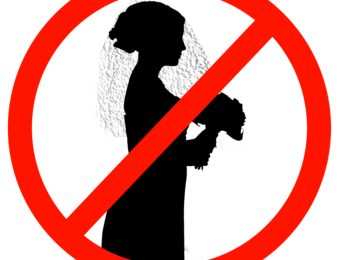 Le donne al matrimonio preferiscono la convivenza, ma solo perché temono il divorzio…