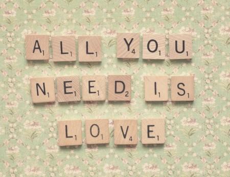 Le più belle frasi d'amore da dedicare a chi amiamo
