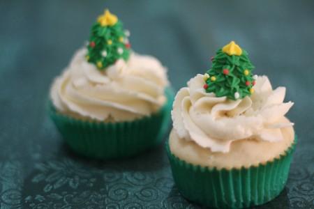 Buon Natale con i muffin al cioccolato bianco
