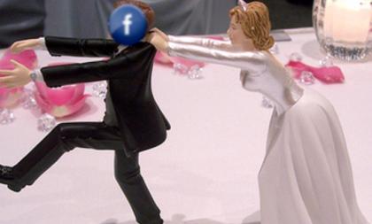 """Facebook """"culla"""" di crisi coniugali e divorzi, un tradimento su 5 nasce sui social networks"""
