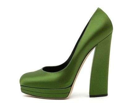 La collezione di scarpe 2012 di Casadei, idee chic e glam