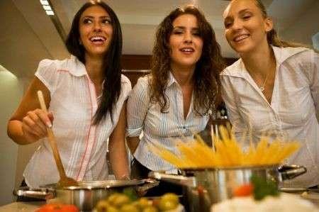 La dieta mediterranea è seguita meglio da chi guarda la Tv ed è più informato