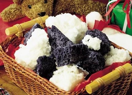 Ricette Befana: panna cotta con il carbone dolce