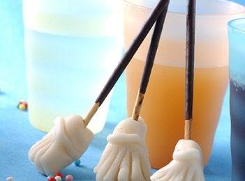 Ricette Epifania: scopette dolci di marzapane