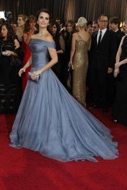 Oscar 2012, gli abiti e i look delle bellissime sul red carpet [FOTO]