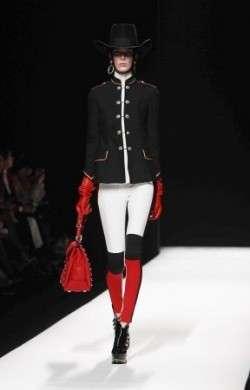 Milano Moda Donna A/I 2012-13, la sfilata di Moschino [FOTO]