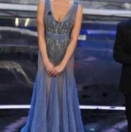 Ivana Mrazova a Sanremo 2012, abiti e look della terza serata