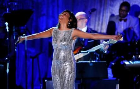 Whitney Houston è morta: ecco tutti i messaggi dei colleghi