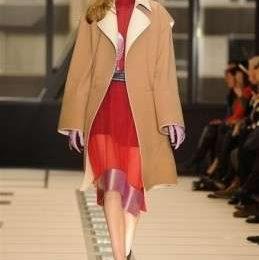 La sfilata di Balenciaga A/I 2012-13 per la Settimana della Moda di Parigi [FOTO]