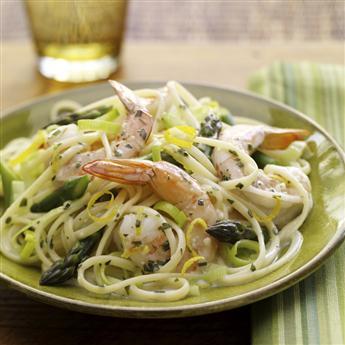 fettuccini asparagi e gamberi ricetta
