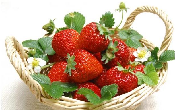 Dolci golosi con le fragole