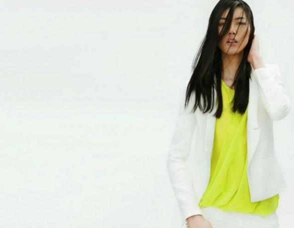 zara lookbook top giallo