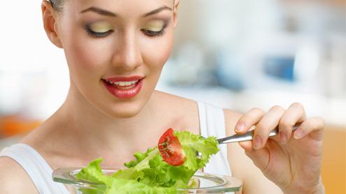 Dimagrire è più facile mangiando insalata, purché sia tanta e di stagione