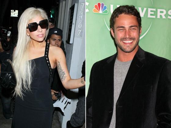 Lady Gaga ha lasciato Taylor Kinney ma si consola con una tazza di the