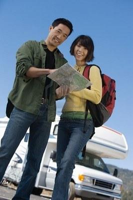 coppia viaggio avventuroso