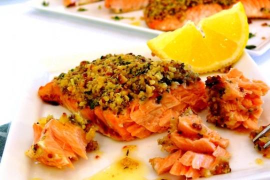 salmone in crosta di pistacchio ricetta