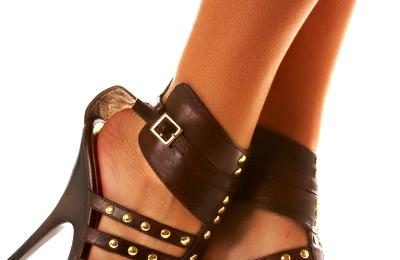Le scarpe rivelano la personalità di chi le indossa, siete zeppe o ballerine?