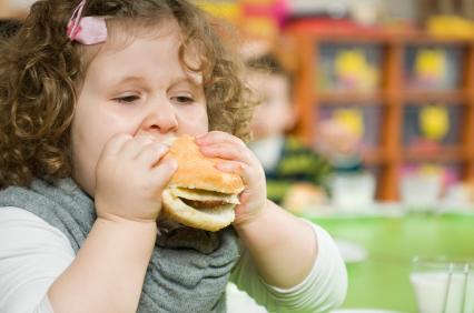 bambini e obesita cause