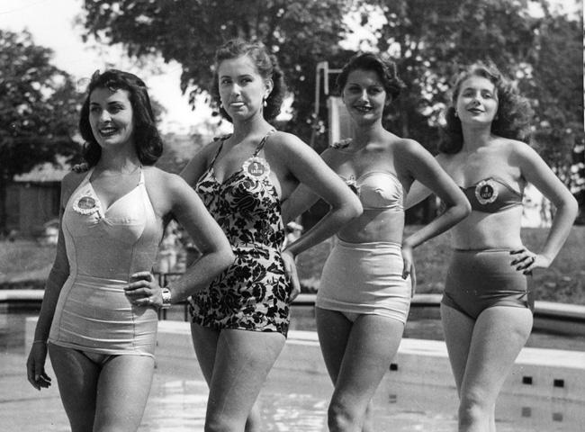 Miss Italia 2012, addio al bikini per le concorrenti?