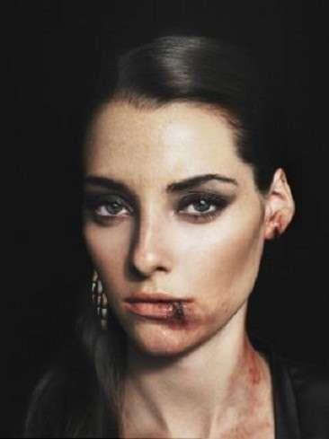 Modelle come vittime di violenza nel servizio shock di un fashion magazine bulgaro [FOTO]