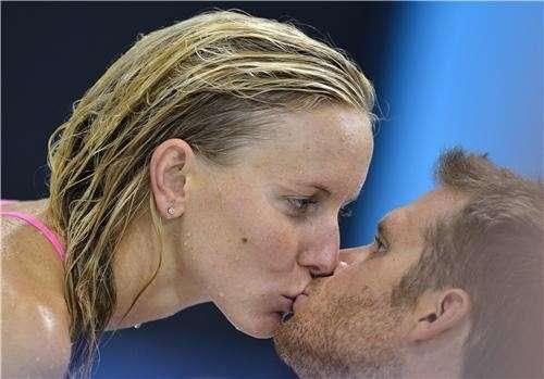 Olimpiadi di Londra 2012, tutti i baci più emozionanti [FOTO]