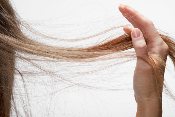 Caduta dei capelli: i rimedi naturali per prevenirla