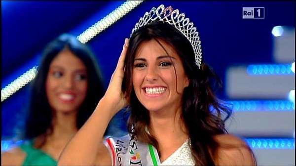 Miss Italia nel Mondo 2012, la vincitrice è Aylen Nail Maranges [FOTO]