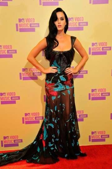 MTV Video Music Awards 2012, i look delle star [FOTO]