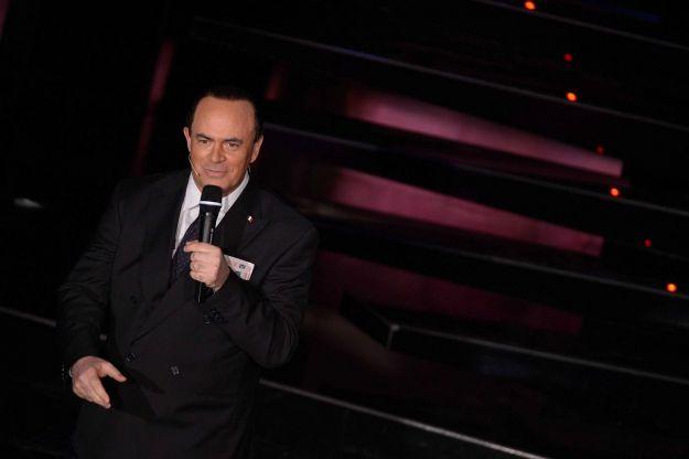 Sanremo 2013, Crozza-Berlusconi fischiato dal pubblico