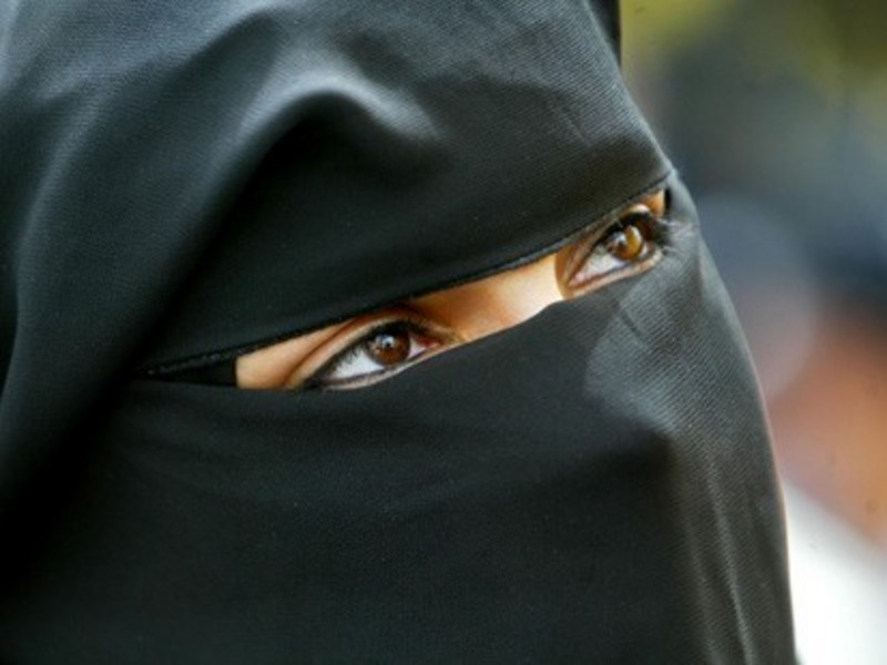 Matrimoni temporanei e turismo sessuale in Egitto e in Siria