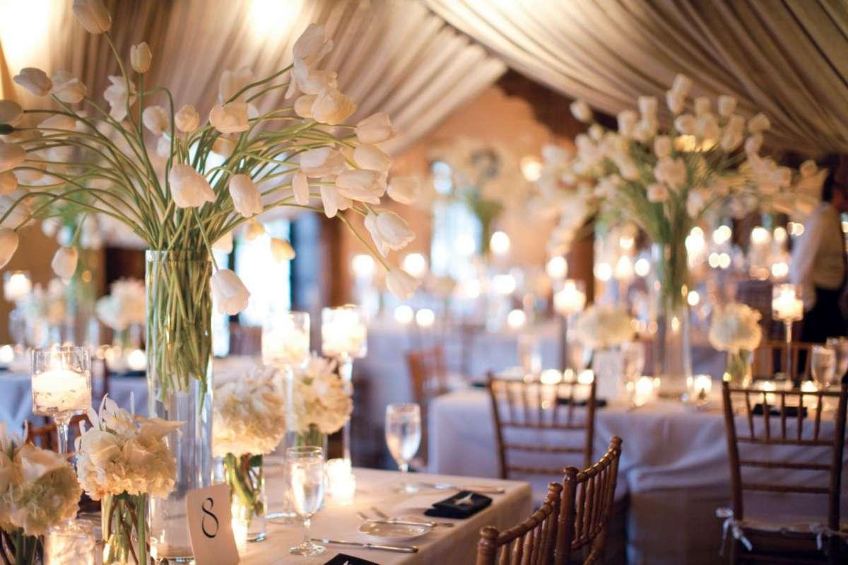 Ricevimento di nozze: addobbi floreali e decorazioni [FOTO]