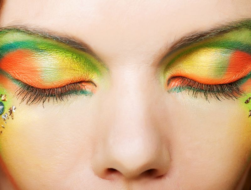 Make up arancione e verde