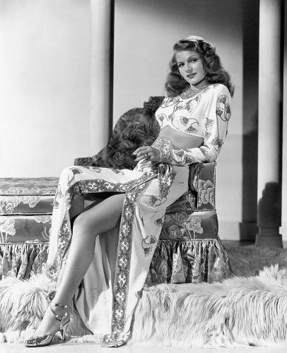 Rita Hayworth (406x500)