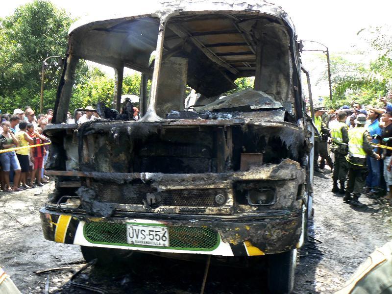 Incendio su autobus in Colombia: 32 bambini morti