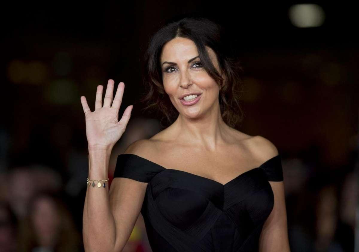 Sabrina Ferilli compie 50 anni: tanti auguri di Buon Compleanno [FOTO]