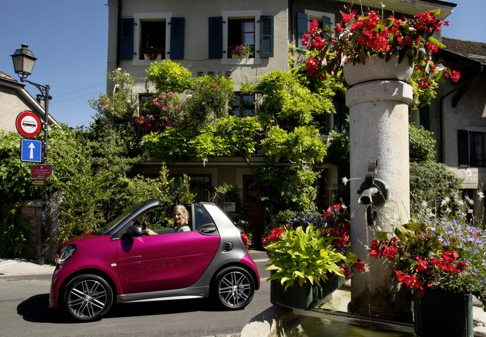 Auto preferite dalle donne: la classifica delle 10 più amate