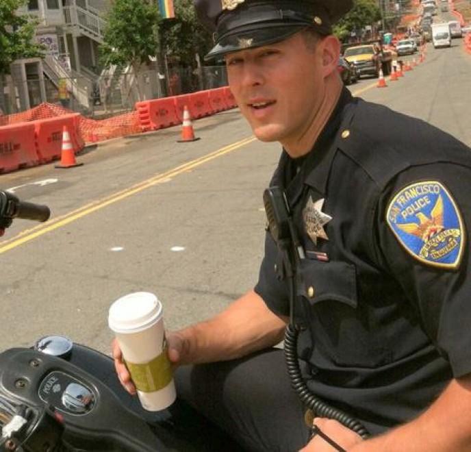 poliziotto-sexy