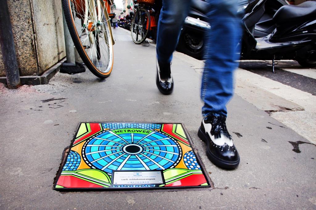 Sopra il Sotto – Tombini Art raccontano la Città Cablata Milano photo Sergio Caminata 1_xl