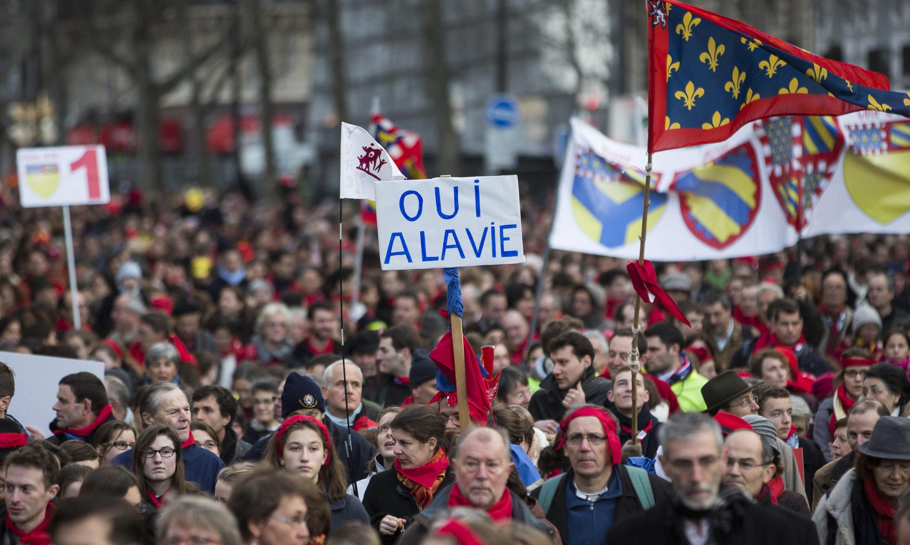 Diritto all'aborto: l'Europarlamento ha approvato la mozione Tabarella