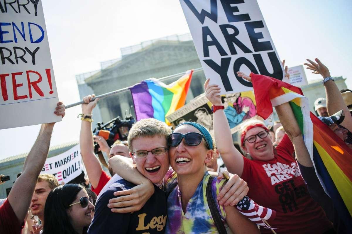 Matrimoni gay legali in Usa: la Corte Suprema dà il via libera