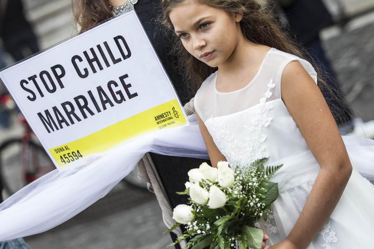 """""""Mai più spose bambine"""": l'ultima campagna di Amnesty International"""