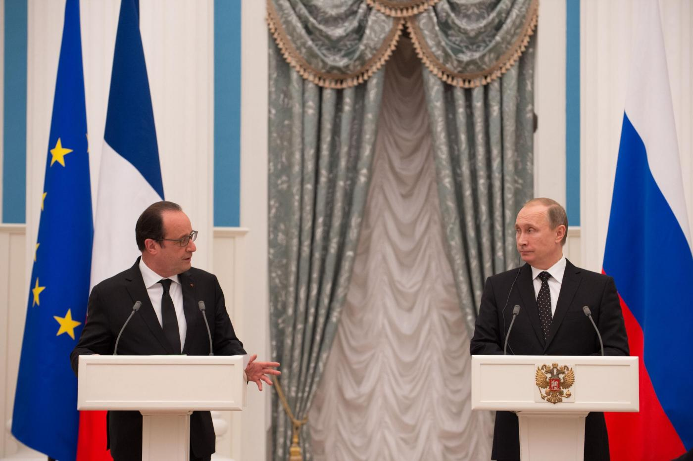 Conferenza stampa Putin Hollande a Mosca
