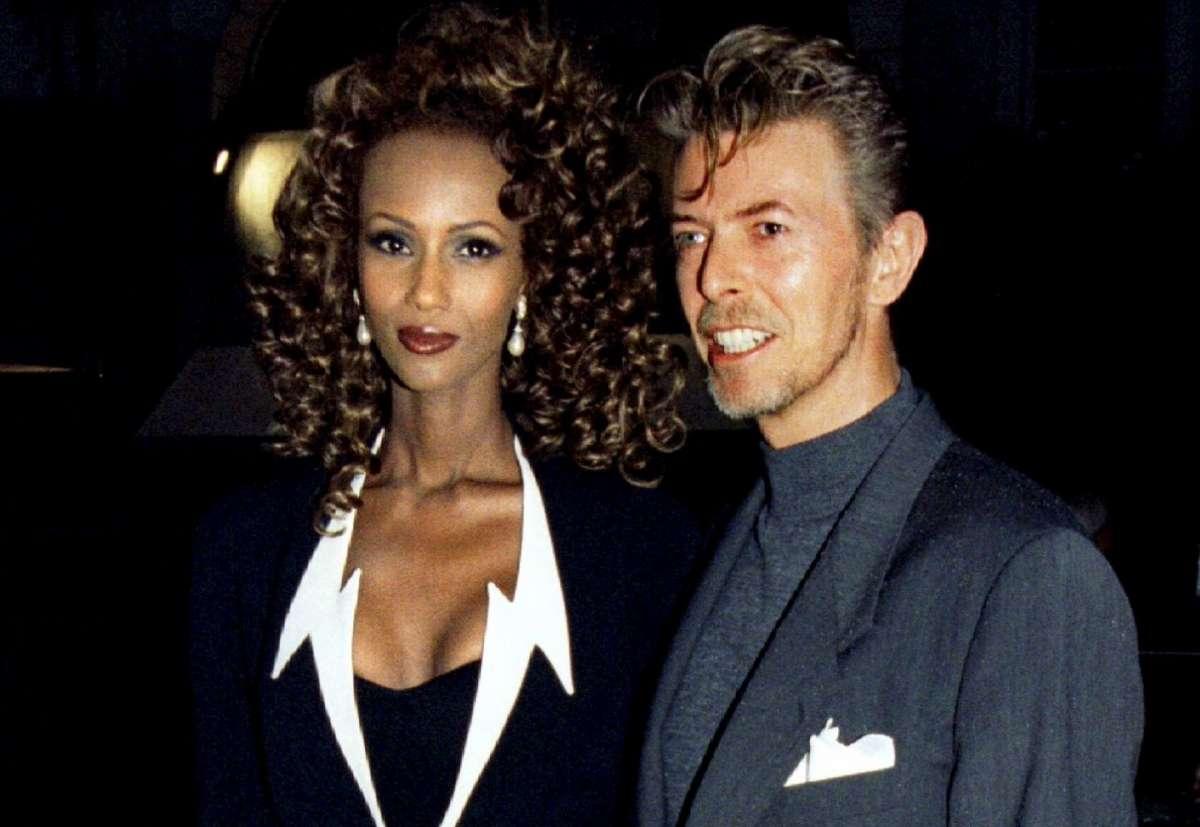 Chi è Iman Mohamed Abdulmajid, la moglie di David Bowie lo ricorda su Instagram [FOTO]