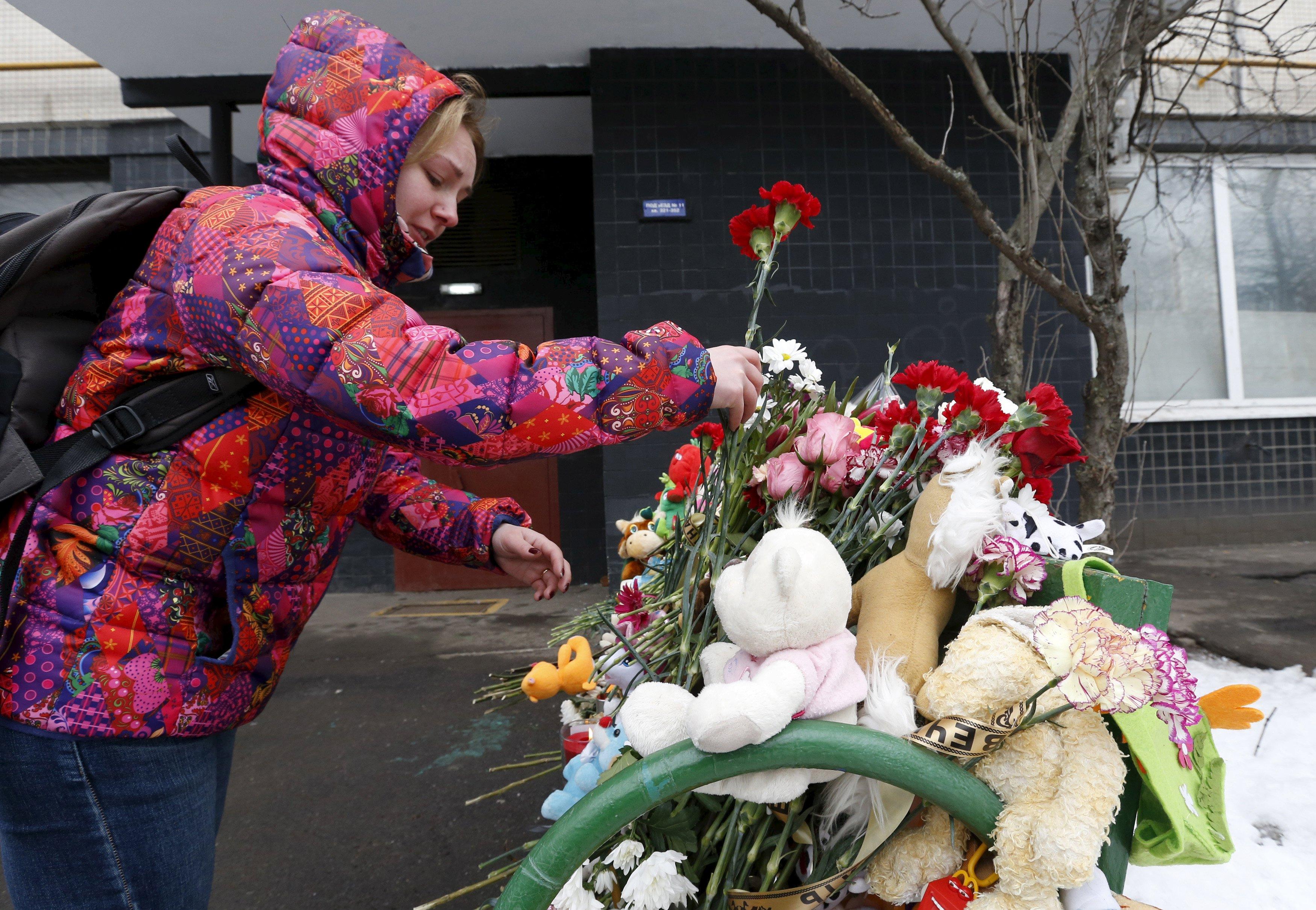Mosca, arrestata la babysitter che decapitò una bimba: si cercano i complici