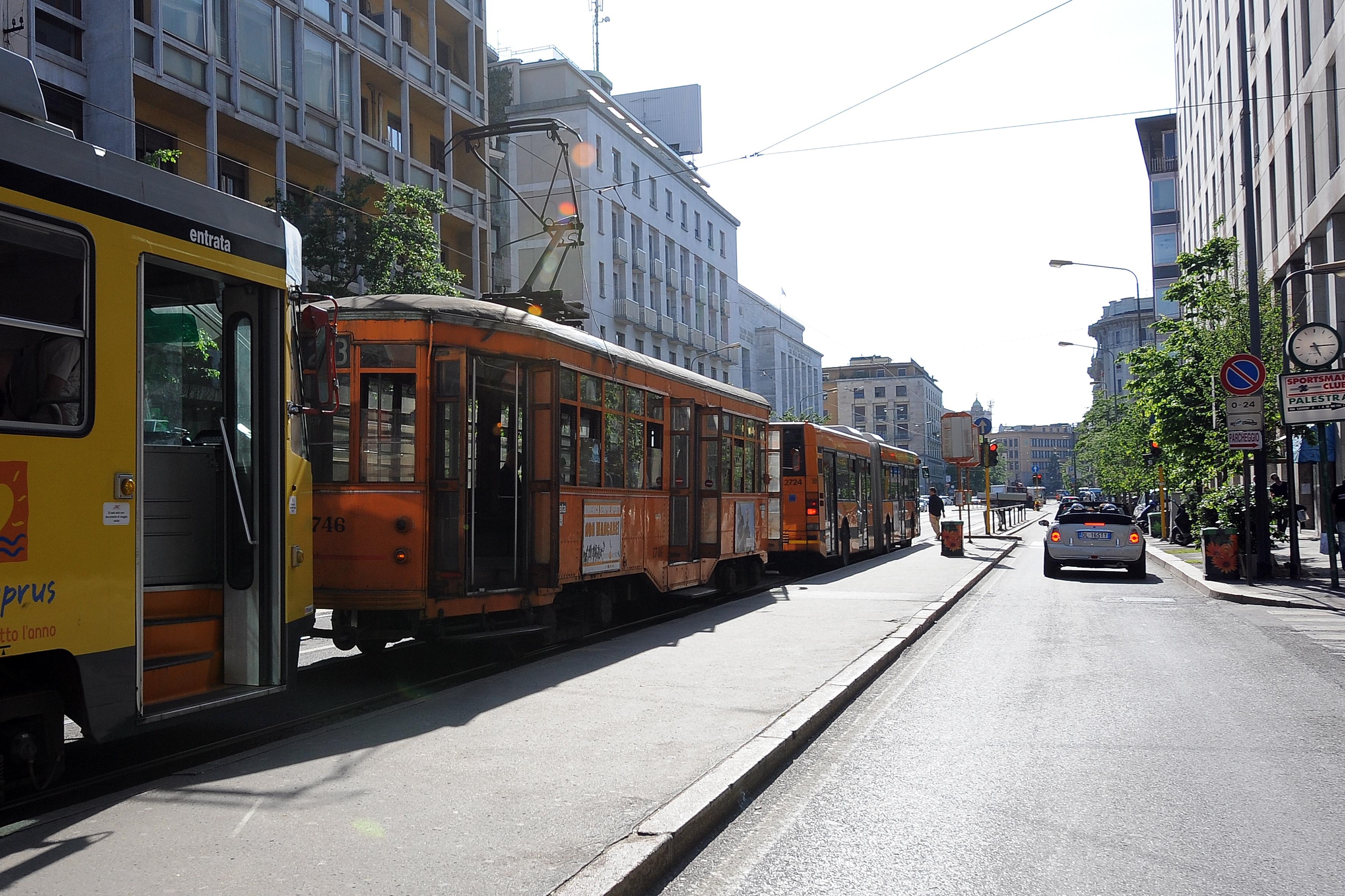 Antonina Chapkina travolta da un tram a Milano: la ballerina è in gravi condizioni