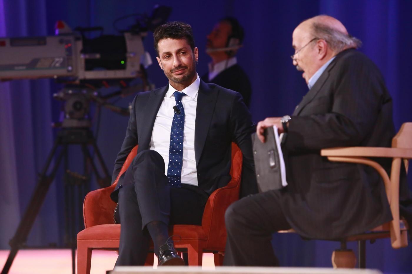 Maurizio Costanzo Show, Fabrizio Corona ospite della prima puntata