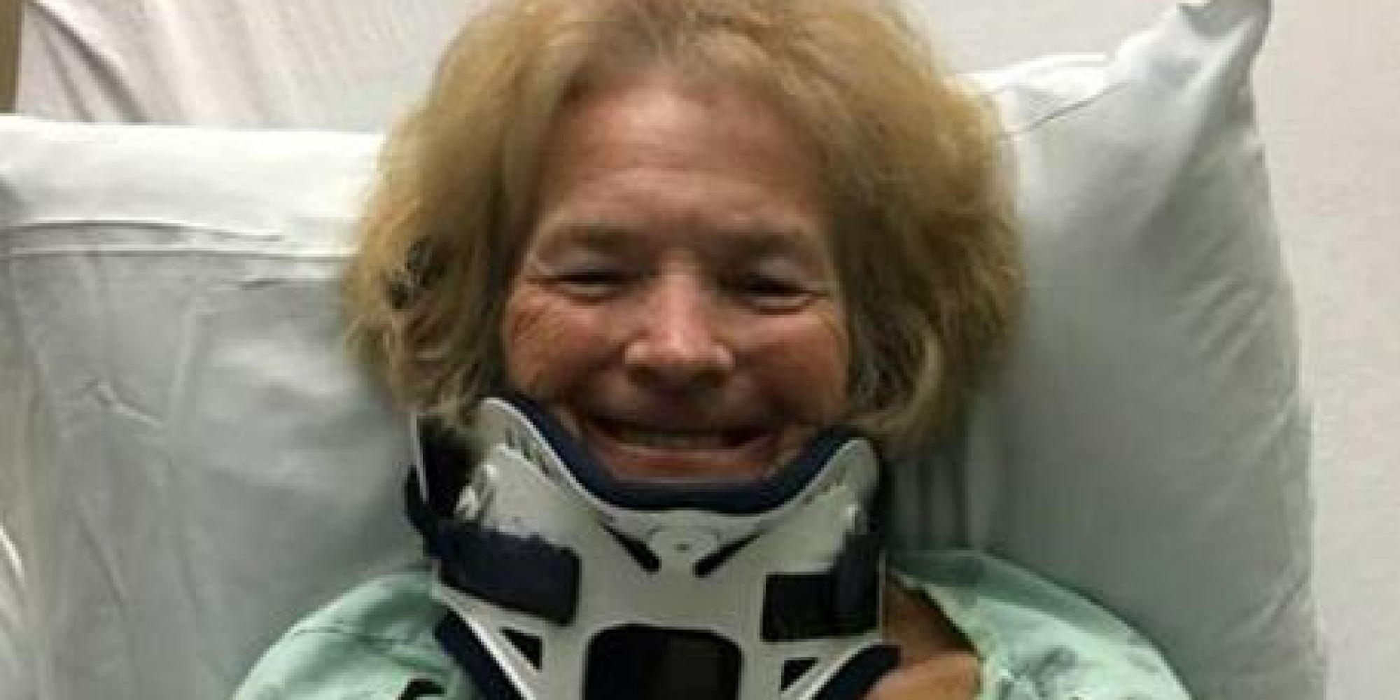 Cieca da 20 anni batte la testa e riacquista la vista: il miracolo di Mary Ann