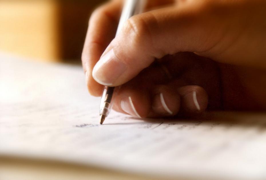 Come fare un saggio breve: scaletta, esempi e scheda